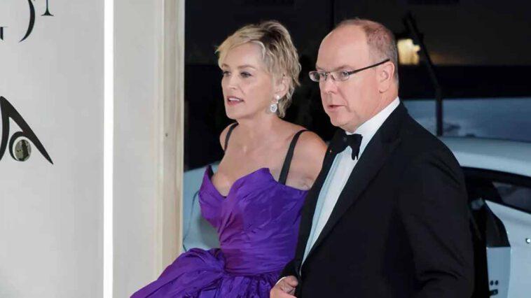 Albert II de Monaco passe une nouvelle soirée de prestige avec Sharon Stone